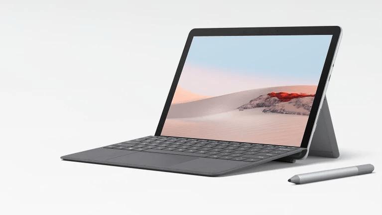 Thoạt nhìn thì Surface Go khá giống với Surface Pro. Tuy nhiên, Surface Go có kích thước nhỏ hơn.