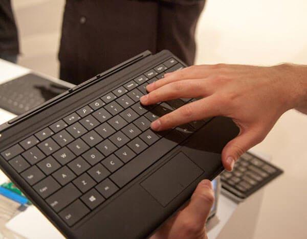 Bàn phím Surface Pro 5