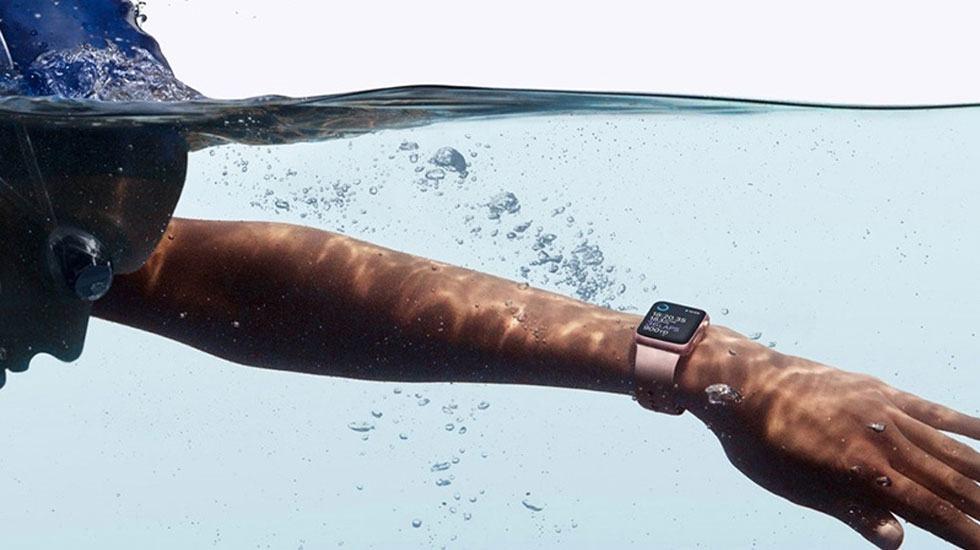 Apple Watch 3 có khả năng chống thấm nước tốt