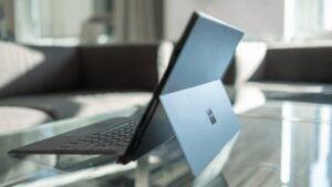 Surface Pro 6 của Microsoft