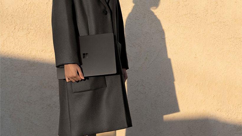 Chân dung chiếc Surface Laptop 2 vỏ đen mới