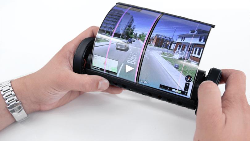 Quên các điện thoại gập đi, Sony phát triển smartphone màn hình cuộn? 1