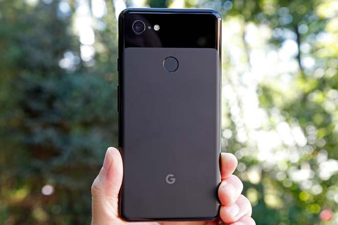 Review Google Pixel 3: Thiết kế vừa lòng bàn tay, mọi thao tác trở nên dễ dàng hơn