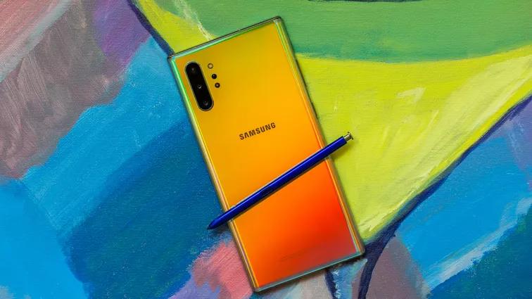 Có vẻ đây là năm tổng tiến công của nhà Samsung, khi liên tục cho ra nhiều sản phẩm kết nối mạng 5G. Angela Lang/CNET
