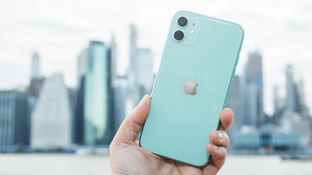 Điện thoại IPhone 2019 không có kết nối 5G. - Sarah Tew/CNET