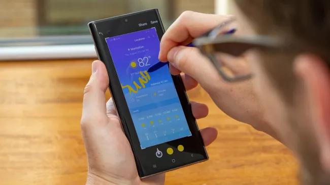 Người dùng ưa chuộng Samsung Galaxy Note phần lớn để sử dụng SPen. (Hình ảnh: Future)