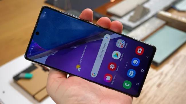 Màn hình Samsung Galaxy Note 20 lớn hơn so với Note 10 (Hình ảnh: TechRadar)