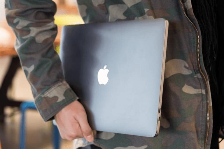 MacBook Pro và Surface Pro 7: Cuộc chiến ngang tài ngang sức của hai ông lớn 2