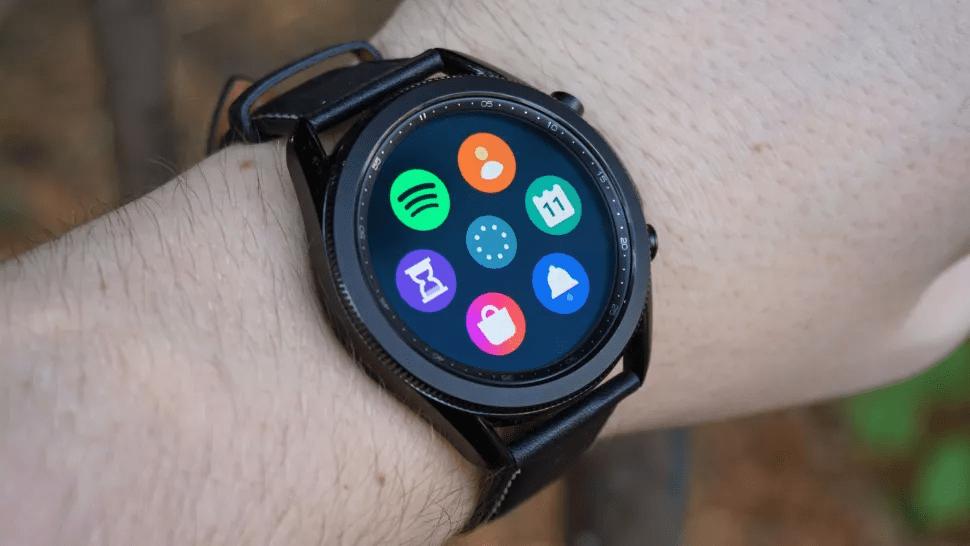 Đồng hồ của Samsung không đắt bằng của Apple (Hình ảnh: TechRadar)