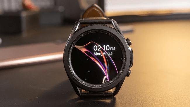 Bản cập nhật phần mềm đầu tiên của Samsung Galaxy Watch 3 1