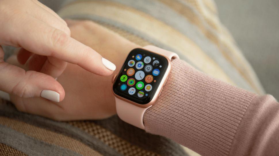 Dung lượng pin của Apple Watch 5 là 296 mAh