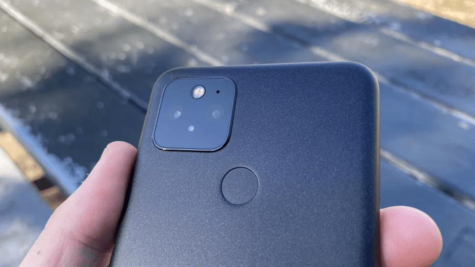 Đánh giá Google Pixel 5 - Tiếp nối Series trở thành đối thủ của Apple 4