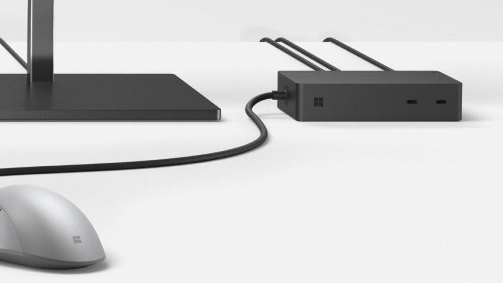Thiết kế màu đen của Surface Dock 2 vô cùng sang trọng và tinh tế