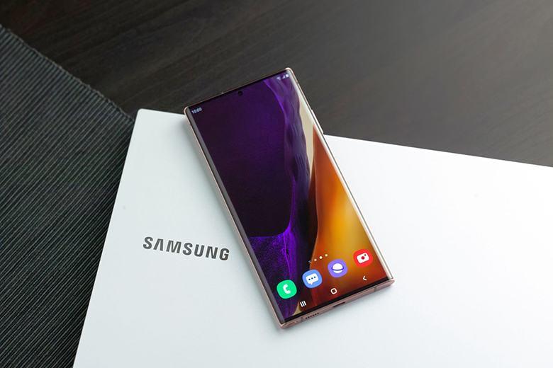 """Top 7 """"cực phẩm"""" Smartphone xứng đáng đầu tư năm 2021 6"""
