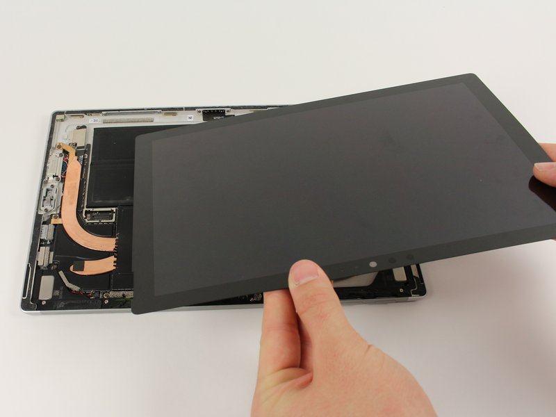 Thay màn hình Surface Pro uy tín tại HCM 5