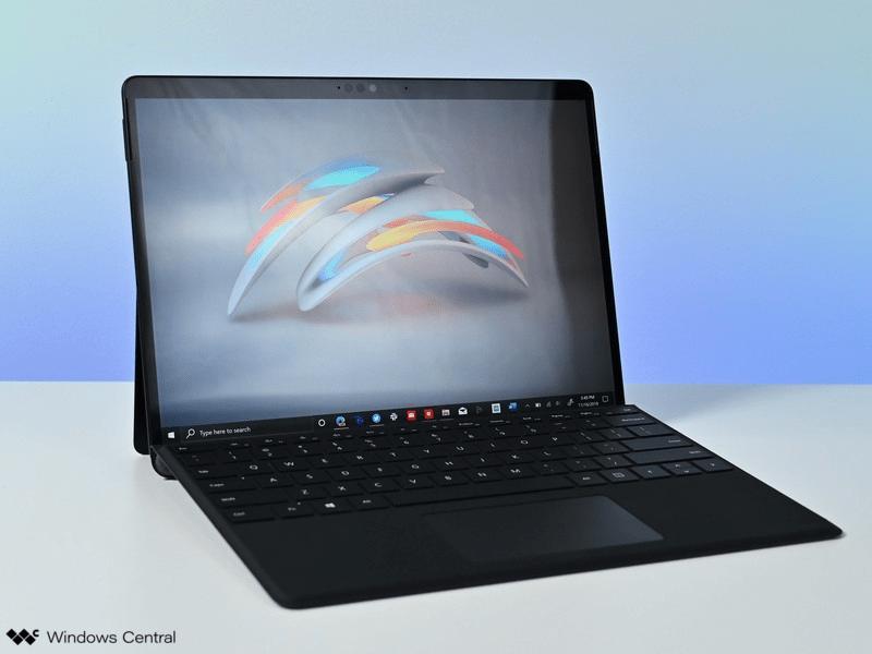 Surface Pro X phù hợp cho những người có công việc thường xuyên di chuyển