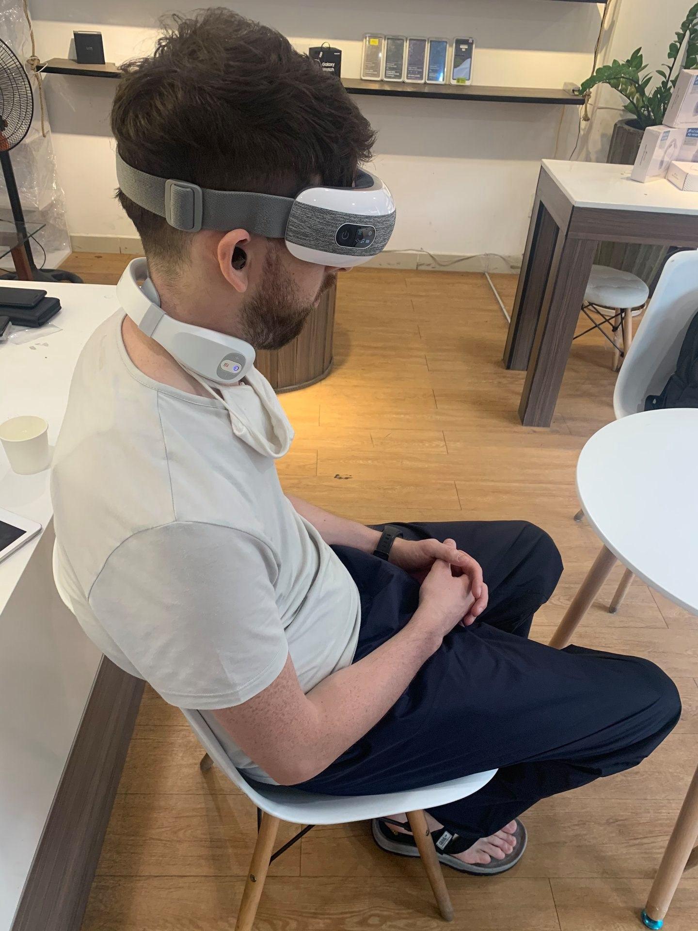 Máy massage cổ Azaki AZ- N109 32
