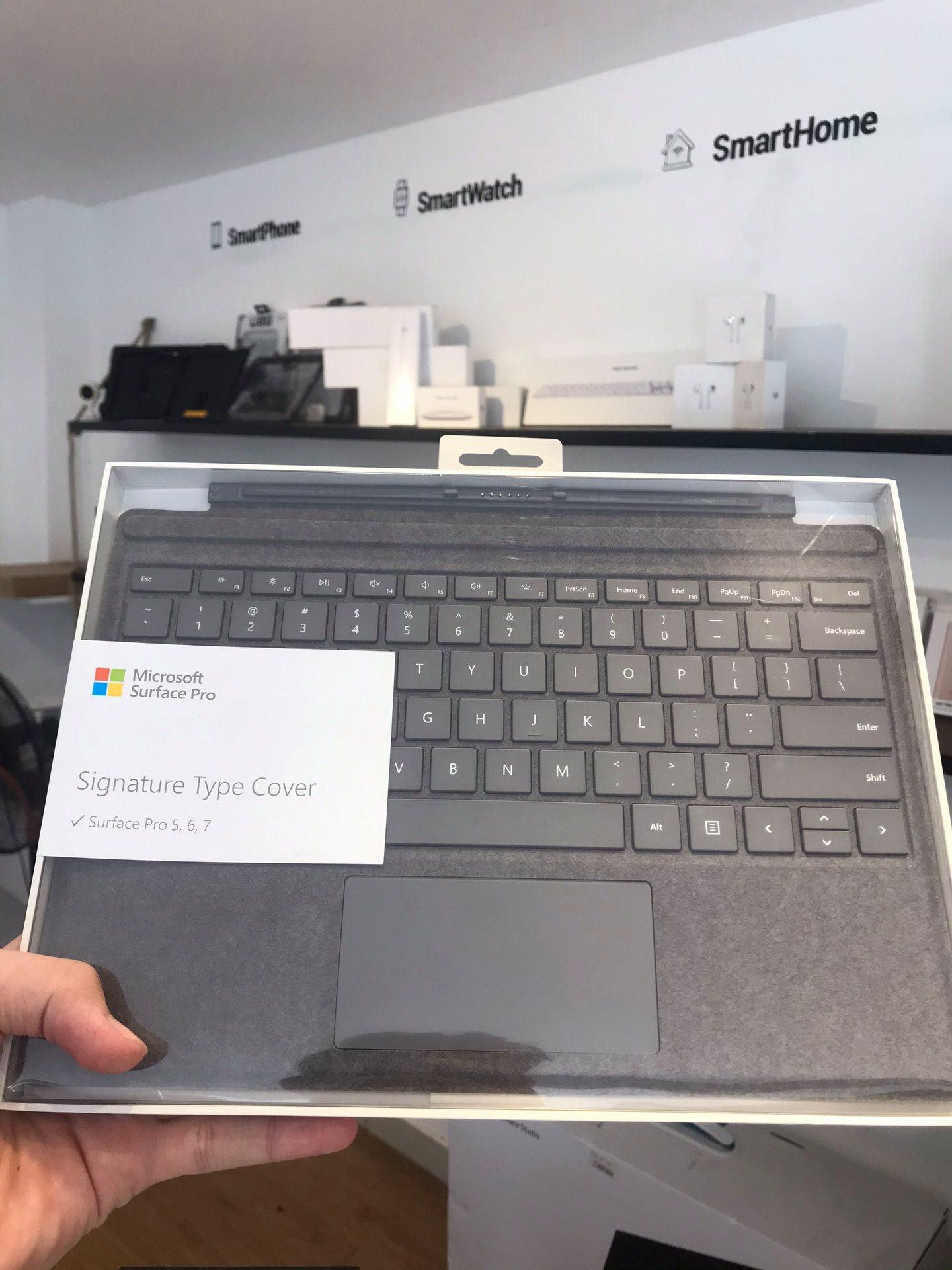 Bàn phím Type Cover Surface Pro Chính Hãng 11