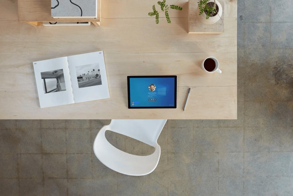 Thiết kế của Surface Pro 7 Plus giống với sản phẩm của người anh em tiền nhiệm