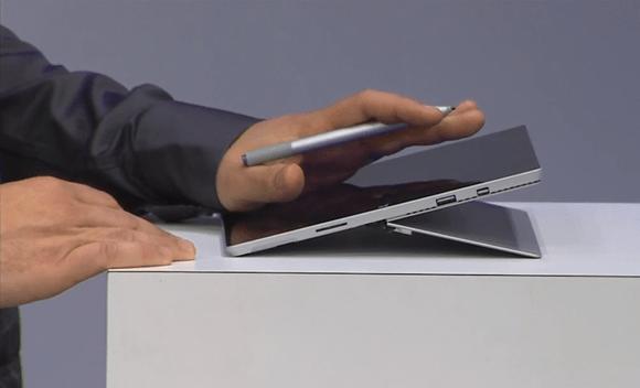 Surface Pen mang lại cảm giác cầm chắc tay và thoải mái (Nguồn: The Verge)