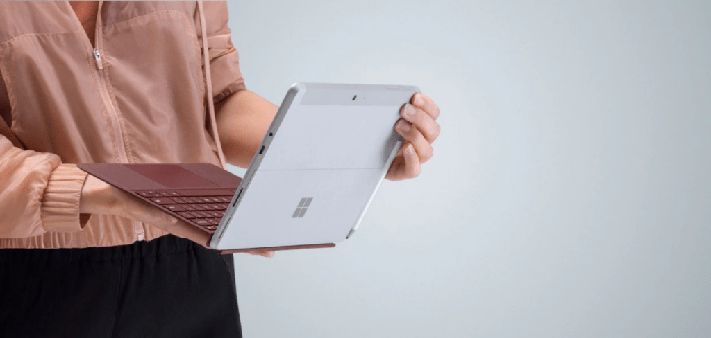 Cổng kết nối của Surface Go