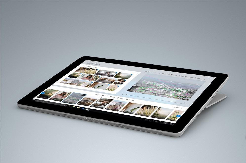 Surface Go tương thích cực tốt với các phụ kiện đi kèm
