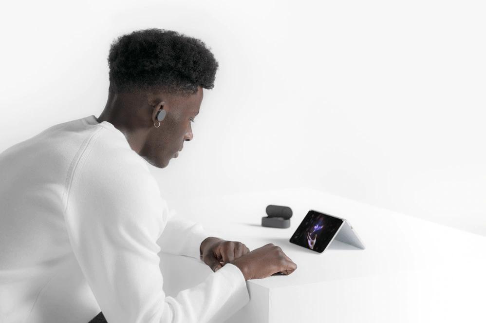 Surface Duo bộ nhớ 128GB 17