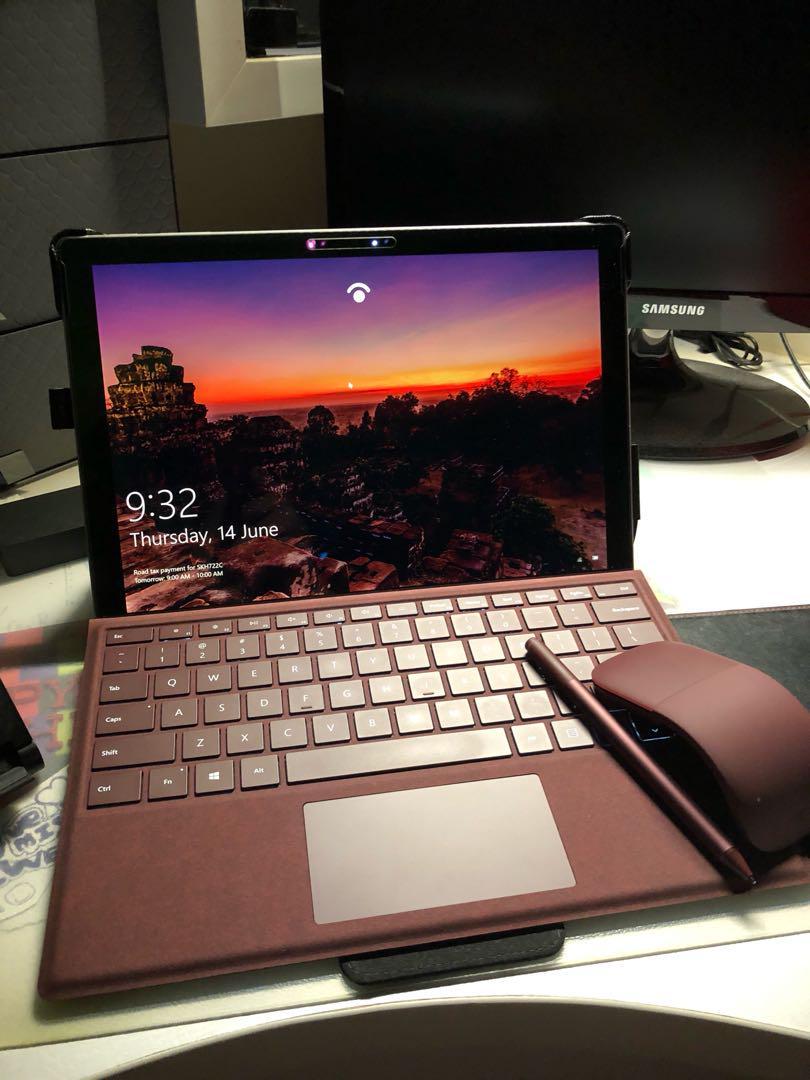Bàn phím Signature Alcantara Type Cover Surface Pro Chính Hãng 17