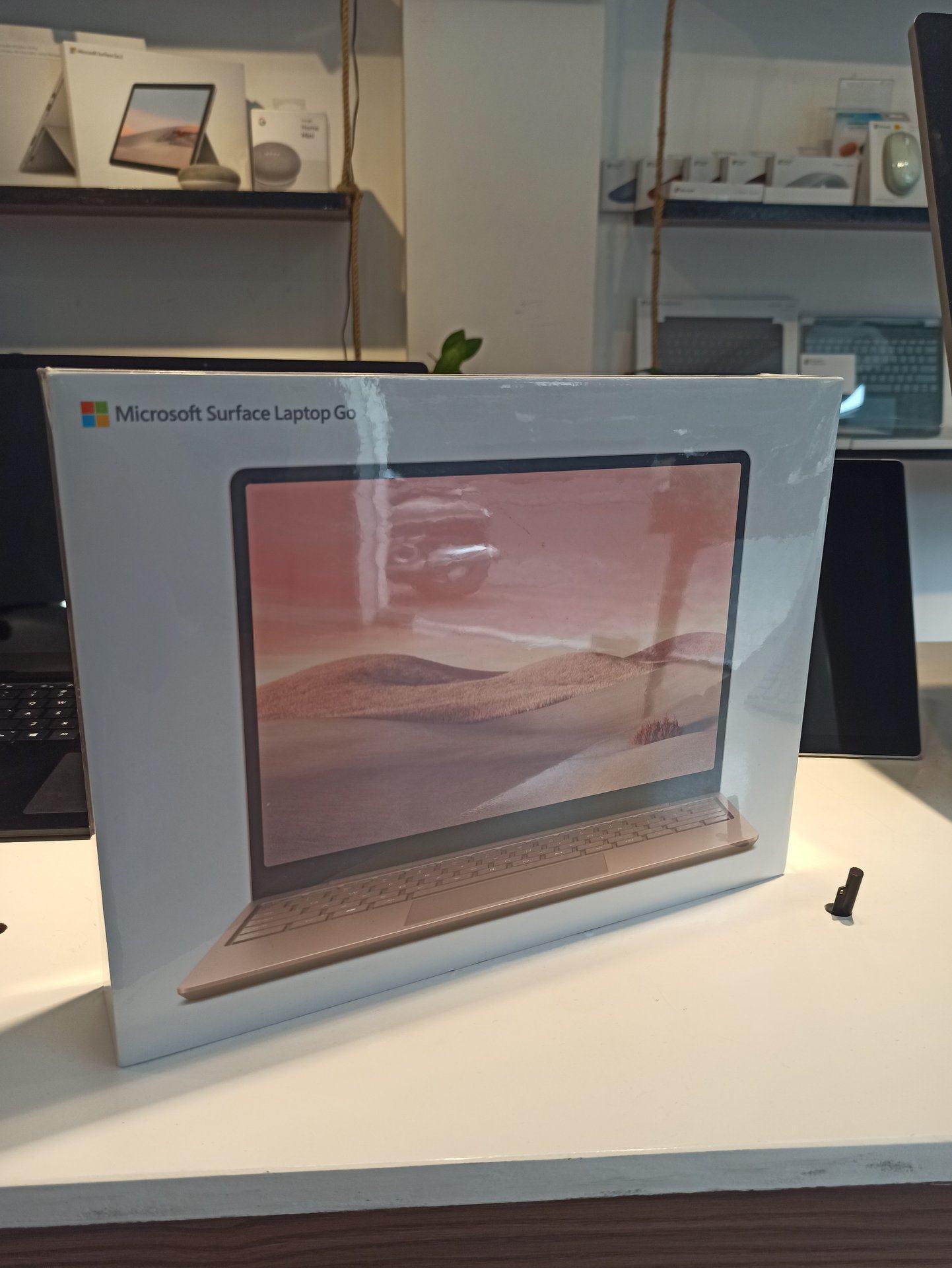 Surface Laptop Go I5 4GB 64GB Chính Hãng 41