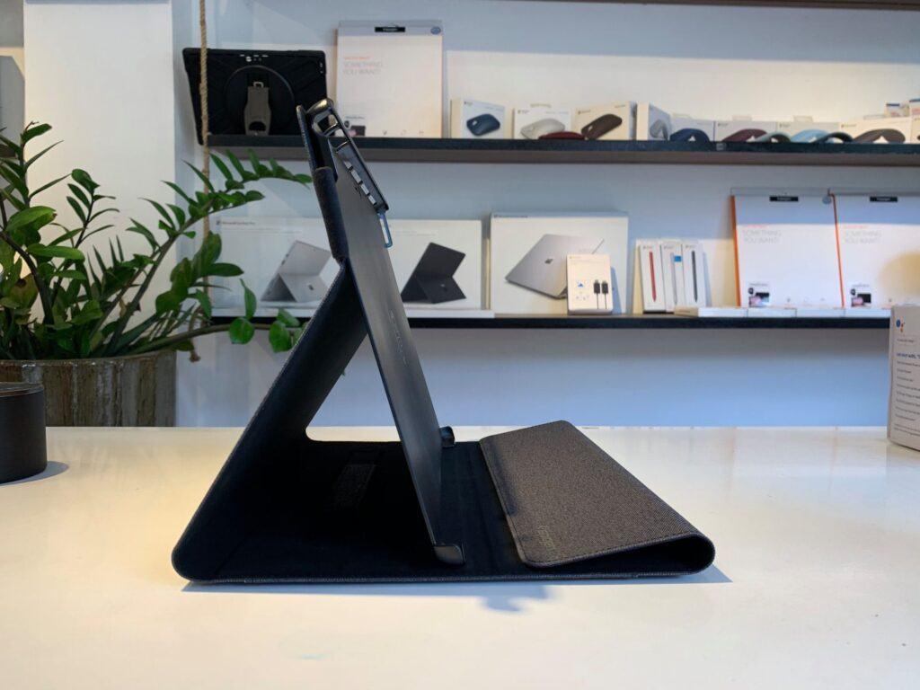 Ốp lưng Spigen Surface Pro Stand Folio - Hàng chính hãng 17