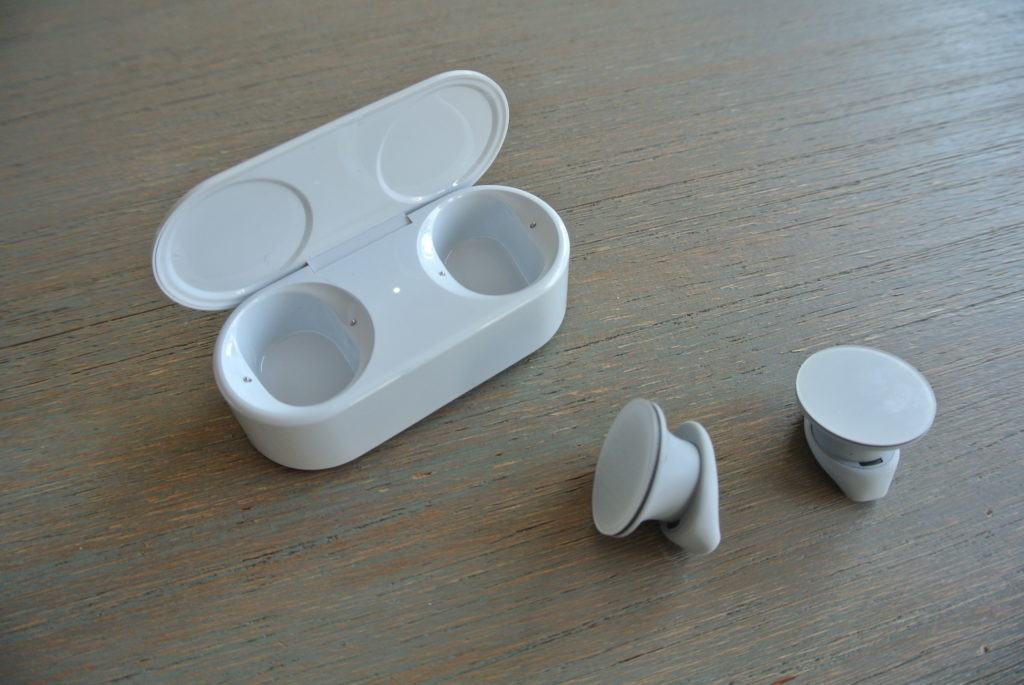 Tai nghe Microsoft Surface Earbuds kết nối không dây 30