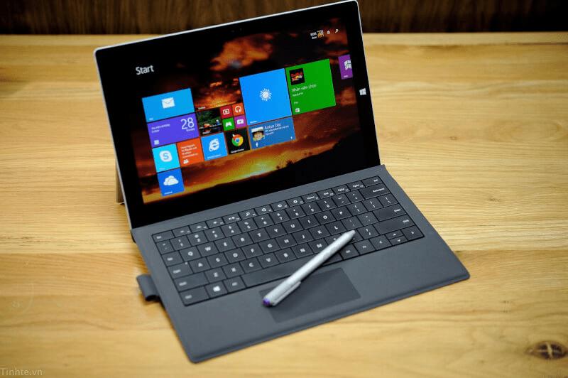 Khởi động lại Surface là điều đầu tiên bạn cần làm khi thiết bị không nhận bàn phím (Nguồn: Tinhte)