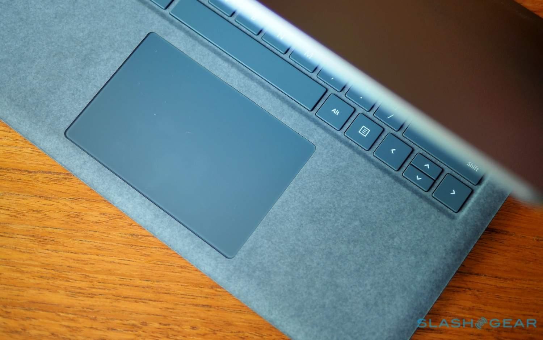 Màu sắc của bàn phím Surface Laptop cực kỳ sang trọng