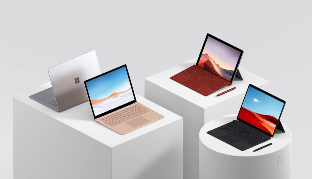 Laptop Surface làm việc tại nhà