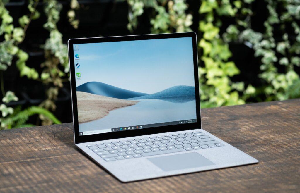 Thiết kế của Surface Laptop 4 rất sang trọng và tinh tế