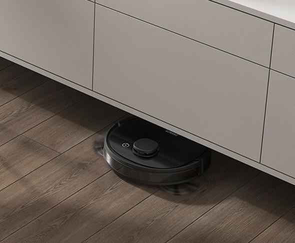 Khuôn viền Ecovacs Deebot Ozmo 950 được bo tròn theo tỉ lệ chuẩn, trang bị một bàn chải lớn và hai bàn lau phụ với kích thước nhỏ nhắn