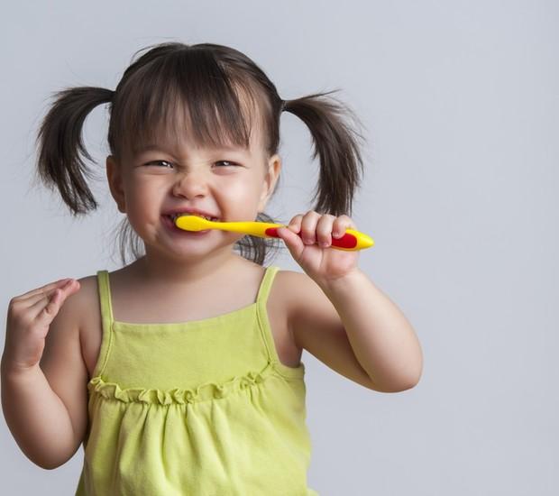 Top những bàn chải đánh răng điện cho bé tốt nhất 1