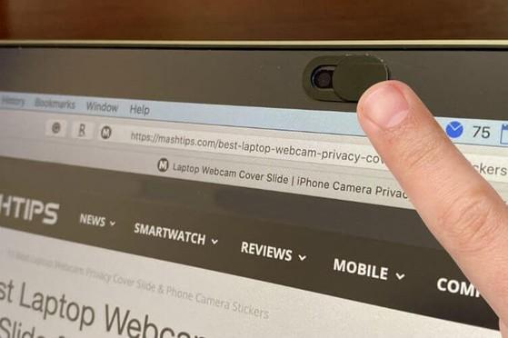 Miếng dán camera laptop chống hack để lấy hình ảnh riêng tư