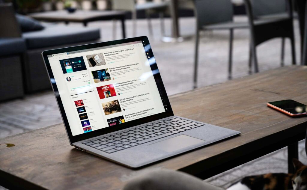 Màn hình Surface Laptop 3 hiển thị cực sắc nét