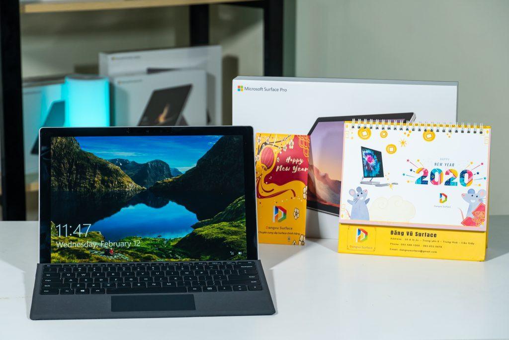 Surface Pro Xcó thời lượng pin lên đến 13 giờ