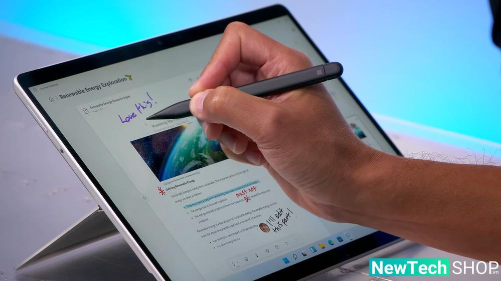 Surface Pro 8 với màn hình cảm ứng